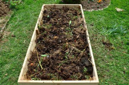Как приготовить компост на садовом участке